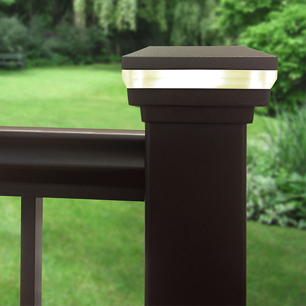 railing_accents_3_led_post_cap_perimeter_light